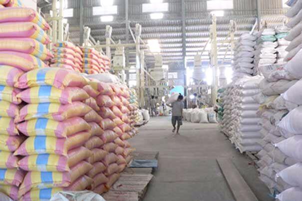 Thái Lan muốn bán hết 8 triệu tấn gạo dự trữ trong nửa đầu năm nay